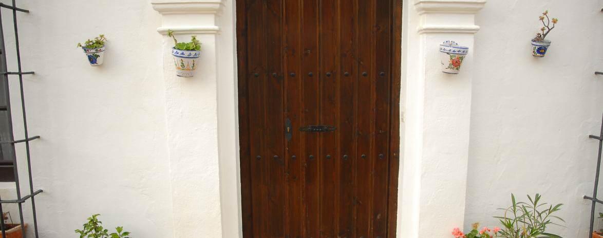 Main Door Apartment